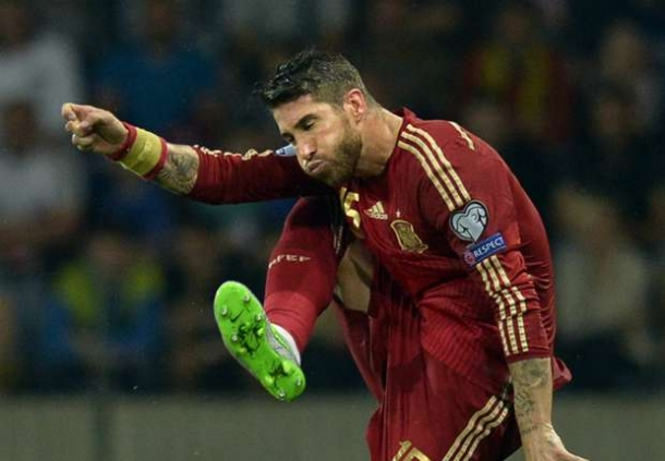 Van Gaal Enggan Tanggapi Sergio Ramos