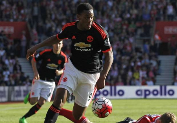 Petr Cech Akui Performa Anthony Martial