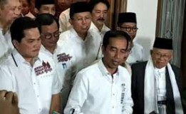 Alasan Prabowo Sebut Politik Genderuwo Jokowi