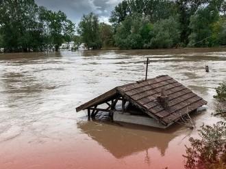 Diguyur Hujan Deras, Belasan Rumah dan Puluhan Kolam di Sleman Terendam Banjir